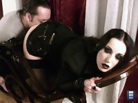 Licking Torment: It glistened wet right in front of his eyes. The next moment his wife sharply slapped his face..